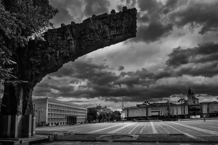 Monument of the Revolution on Republic square with skyline in the background. Photo by Iztok Boncina.